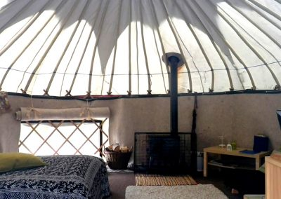 Ben Ledi yurt interior: Big crown canopy to stare up to from the comfy bed